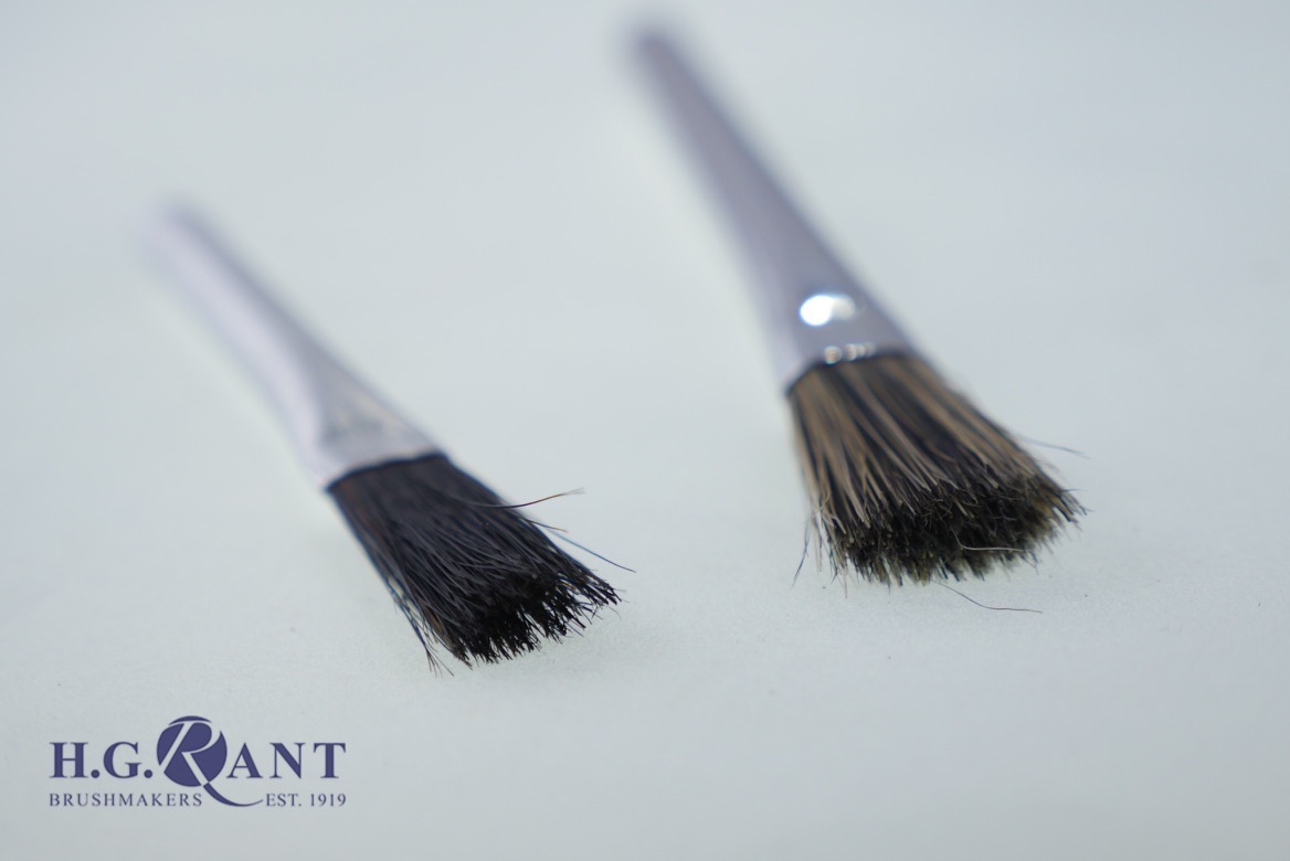Metal Handle Fluid Brush